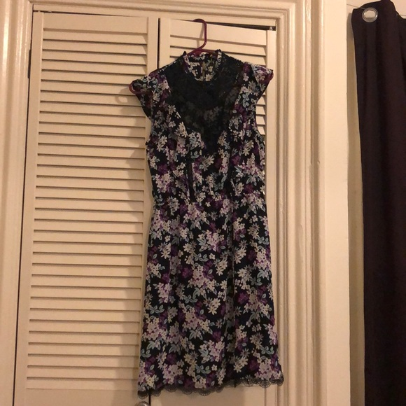 Express Dresses & Skirts - Express floral dress with lace size Small